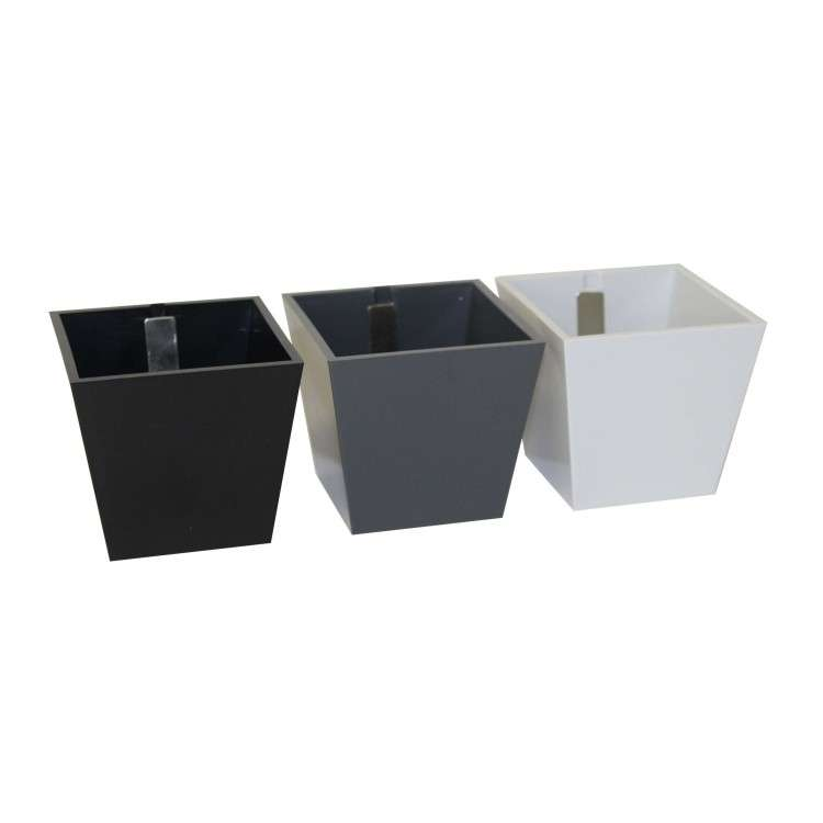 Kalamitica Pots - Set of 3 Pyramids Grey