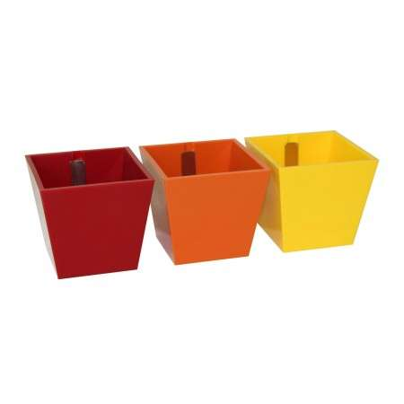 Kalamitica - Set of 3 Pyramids Red