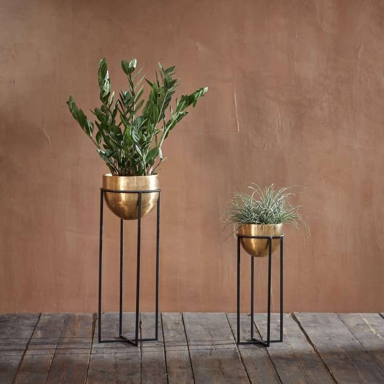 Atsu Brass Metal Planter Stand from Accessories for the Home