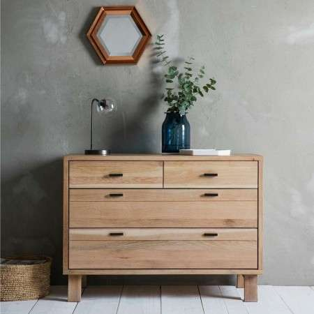 Aurland 4 Drawer Oak Chest