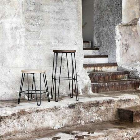 Muubs Move Oak and Iron Bar Stool