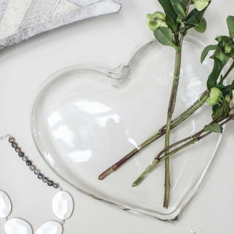 Glass Sitting Heart from Accessories for the Home