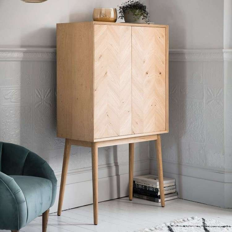 Malmo Solid Oak Cocktail Cabinet from Accessories for the Home