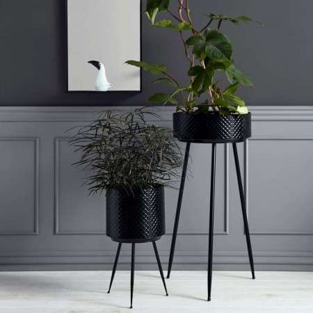 Nordal Indian Black Metal Planters