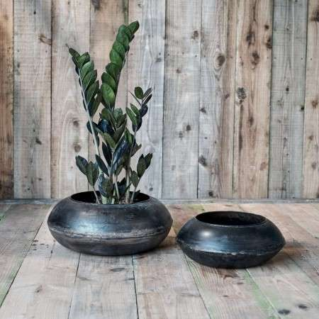 Recycled Metal Round Iron Planter