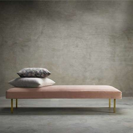 Tinekhome Rose Velvet Daybed with Brass Legs