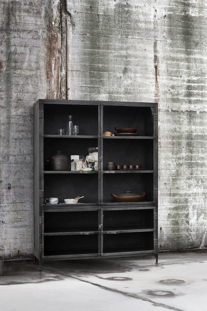 Industrial Style Furniture Iron Display Cabinet