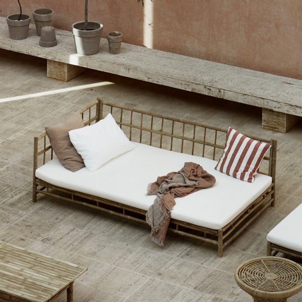 Tinkehome Natural Bamboo Day Bed from Accessories for the Home